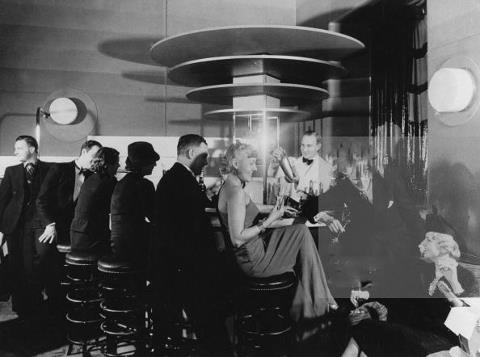 PARIGI COCKTAIL BAR 1920
